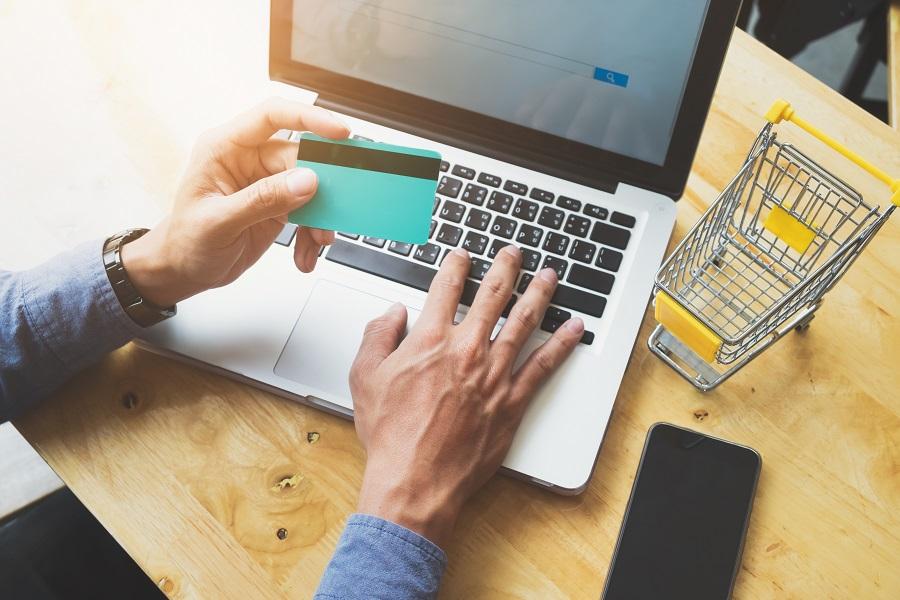 Un nuevo consumidor y medios digitales desafían al comercio