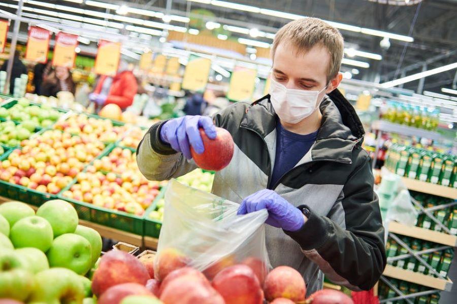 Cuarentenas en pandemia: ¿respirar o comer?